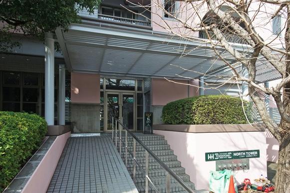 西戸山タワーホームズのエントランス