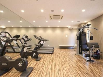 プライムアーバン新宿夏目坂タワーレジデンスのフィットネスルーム