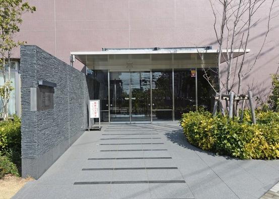川崎ゲートタワーのエントランス