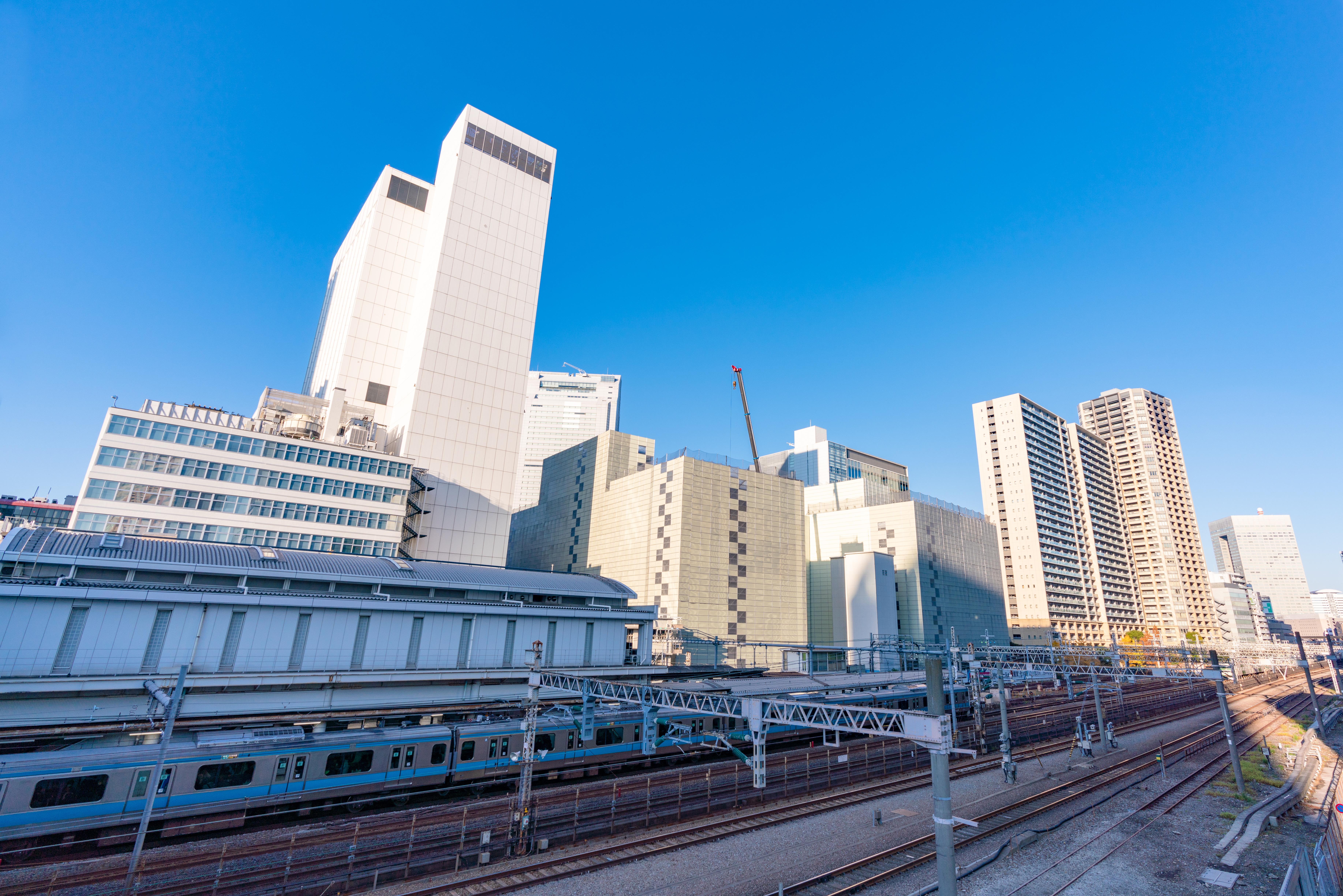 田町駅の線路写真
