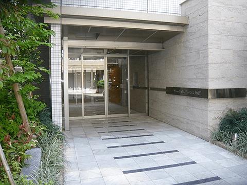 ザ・パークハウスアーバンス御成門のエントランス