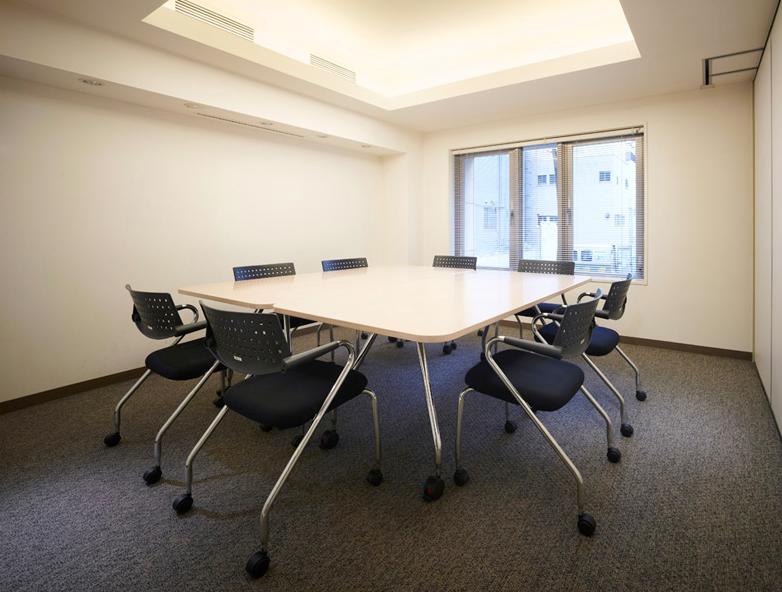 六本木イグノポールのミーティングルーム