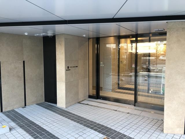 ザ・パークハビオ神楽坂のエントランス