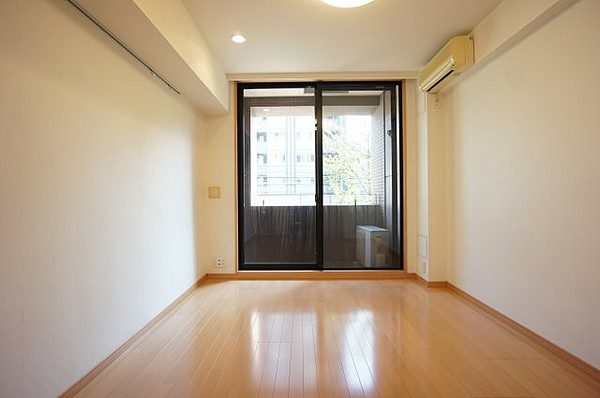 パレステュディオ神楽坂シティタワーの室内