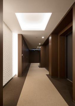 ザ・パークハウス市谷甲良町の内廊下