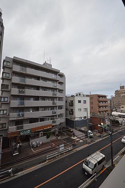 グローリオ新宿夏目坂の眺望