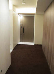 ザ・パークハウス新宿御苑の内廊下