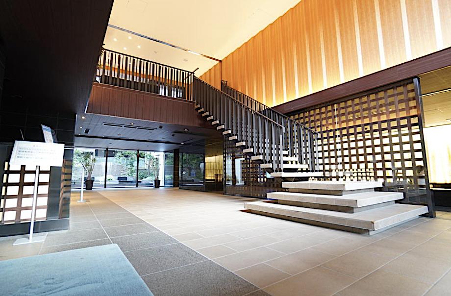マジェスティハウス新宿御苑パークナードのロビー