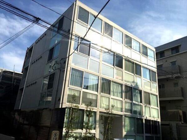 EDIT新宿富久町の外観