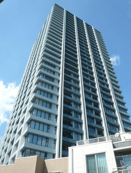 グランドミレーニアタワー&スイートの外観