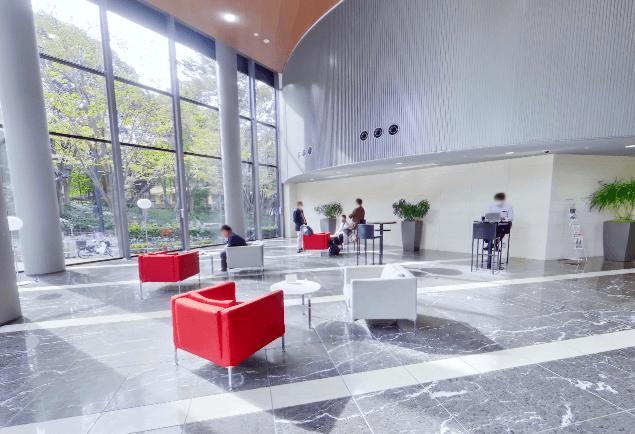 セントラルパークタワー・ラ・トゥール新宿のカフェスペース
