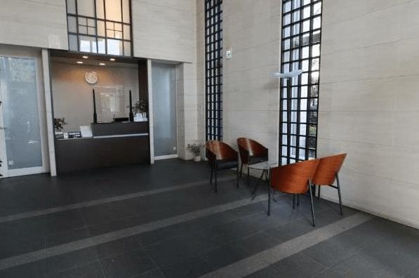 サンウッド三田パークサイドタワーのエントランスホール