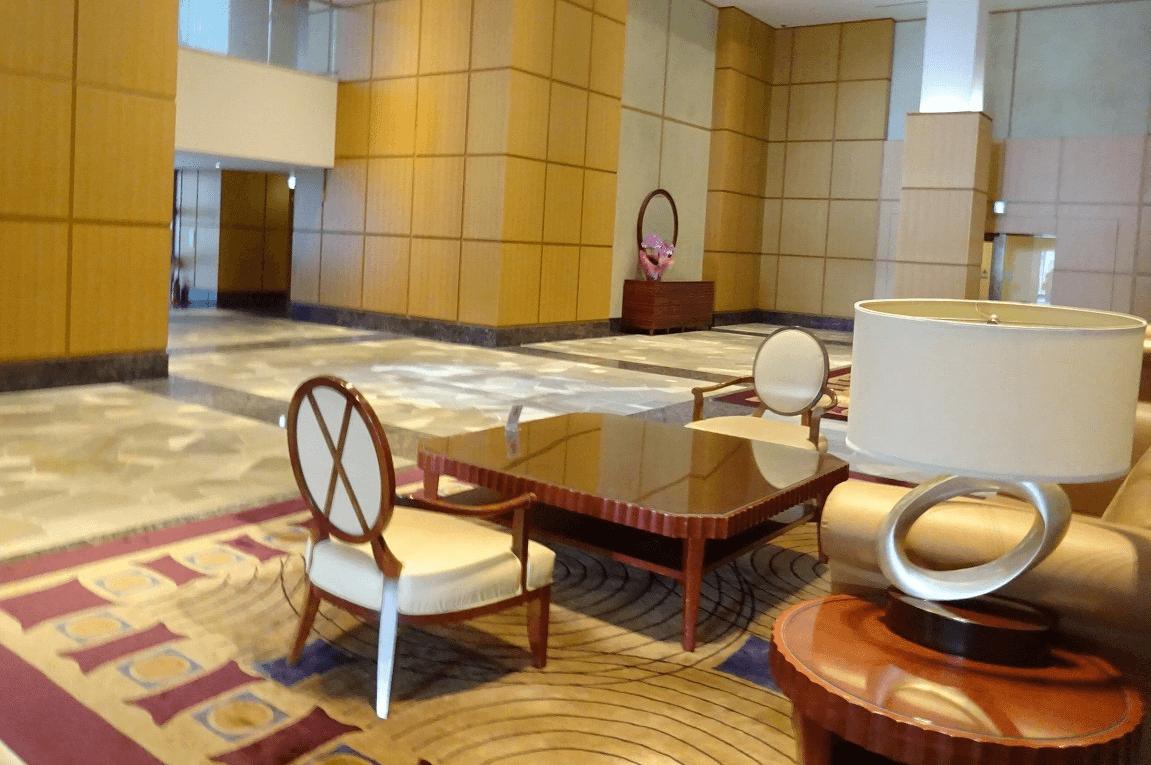 Wコンフォートタワーズのエントランスホール