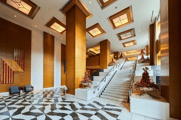 東京パークタワーのエントランスホール